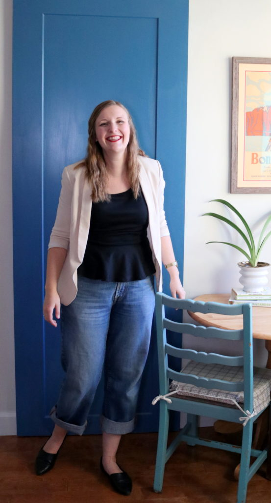 Sara Brigz teaches decluttering online to sentimental and big-hearted people.